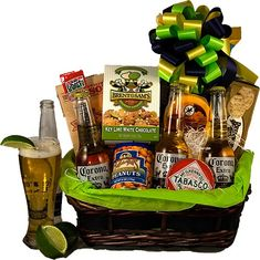 Resultado de imagen para birthday basket with beers Corona Extra, Corona Beer, Key Lime, Peanuts, Wrapping Gift Baskets, Chinese Auction, Man Bouquet, Birthday Basket, Tabasco