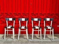 """https://www.facebook.com/CornappoRoadFurniture Realizzate su commissione, e richieste in tema """"Udinese"""". Per evitare di fare 4 pezzi a righe alternate bianche e nere, forse non troppo eleganti e originali, il CornappoROAD ha preso spunto da qualche maglia storica della squadra friulana e dal mitico stemma della città! il risultato è questa sedia dal design semplice e preciso, ma comunque di buon effetto. #chair #handmade #diy #decor #woodworks #wood #home #secondhand #homemade #interior…"""
