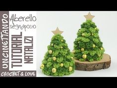 Tutorial Albero di Natale ad uncinetto (segnaposto) (sub.Crochet Tree Tutorial - Christmas Decorations and Place CardThere're nothing cuter for Christmas than these trees, especially while you decorate your homes. Share your Christmas tree after fini Crochet Christmas Decorations, Christmas Tree Pattern, Crochet Christmas Ornaments, Crochet Decoration, Holiday Crochet, Christmas Knitting, Holiday Ornaments, Holiday Crafts, Christmas Tree Village