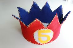 DIY felt birthday crown for a kid's birthday party!