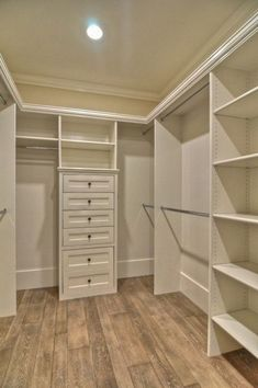 {home} Master bedroom closet design - Master Bedroom Closets Design, Pictures, Remodel, Decor and Ideas - p Closet Remodel, Closet Makeover, Closet Renovation, Home, Organizing Walk In Closet, Closet Designs, Closet Decor, Closet Layout