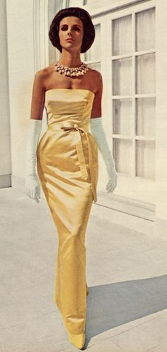 """Vintage Fashion Givenchy, yellow strapless evening gown long column dress photo print ad model magazine - Model Tilly Tizzani is wearing a Givenchy creation and photographed for """"Modess"""" advertisement. Glamour Vintage, Vogue Vintage, Moda Vintage, Vintage Mode, Vintage Beauty, Vintage Style, Retro Vintage, Moda Fashion, Retro Fashion"""