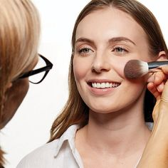 Nutrimetics Australia Discover The Best Feel Good Natural Skincare Oil Free Foundation, How To Apply Foundation, Blending Eyeshadow, Synthetic Brushes, Why Vegan, How To Apply Lipstick, Cream Blush, Blush Brush, Bronzer