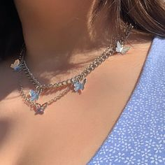 Aesthetic vintage art hoe trendy casual cool edgy outfit fashion style idea ideas inspo inspiration for school for women winter summer accessoire jewelry silver butterfly chain necklace Colar Fashion, Fashion Necklace, Fashion Fashion, Fashion Women, Trendy Fashion Jewelry, Fashion Jewellery, Fashion 2020, High Fashion, Fashion Ideas