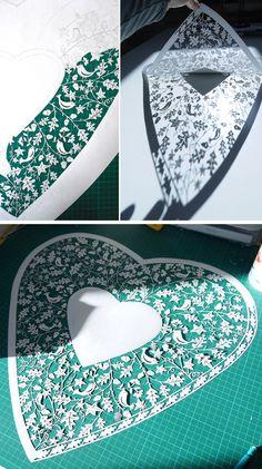 Tagliati a mano di carta Arte dal singolo foglio di carta