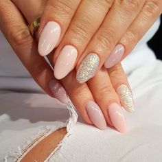 Variety of Almond Nail Designs for a Sophisticated Look ★ See more: https://naildesignsjournal.com/almond-nail-designs/ #nails #beautynails