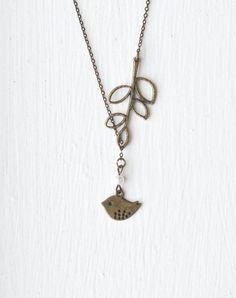 https://www.etsy.com/es/listing/119845168/collar-pajaro-hoja-perla-lariat-custom?ref=market
