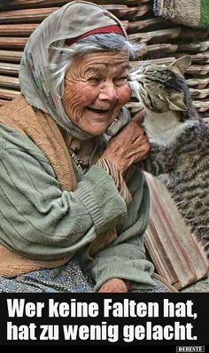 Even old people have the rights to love there animals this is love ❤️ someone that cares about there pet just like a family together and forever always there for each other. Crazy Cat Lady, Crazy Cats, I Love Cats, Cute Cats, Amor Animal, Cat People, Jolie Photo, People Of The World, Interesting Faces