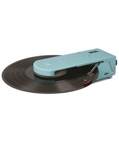 Crosley Revolution Portable USB Turntable with Software Suite for Ripping and Editing Audio (Turquoise) Usb Turntable, Finding Treasure, Ranch House Remodel, Great Father's Day Gifts, Video Home, Record Player, Dot And Bo, Home Decor Fabric, Kids Decor