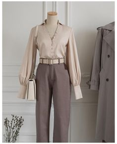 Retro Outfits, Classy Outfits, Stylish Outfits, Vintage Outfits, Korean Girl Fashion, Ootd Fashion, Fashion Outfits, Clothes Mannequin, Stylish Dress Designs