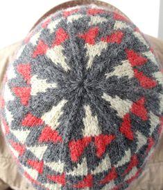 Ravelry: Anniversary hat pattern by Juliet Bernard