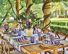 Classic Blues, Southern Ladies, China Patterns, Wisteria, Tablescapes, Pretty In Pink, Flower Arrangements, Outdoor Living, Branches
