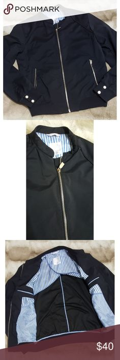 Zara light jacket EUC,  nice lighter jacket for man, side pockets, great with jeans or dress pants  A6 * No PayPal  * Please see photos and ask questions before purchasing  * I am always open to a reasonable offers * Please, be kind and leave a review after receiving your purchase   Thank you for visiting my closet and Happy Poshing! ❤❤ Zara Jackets & Coats Bomber & Varsity