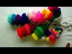 Knitting Patterns Bag How to make woolen tassel bag charm very easily. Decorate bags with colorful charms.(in English) Ribbon Embroidery Tutorial, Silk Ribbon Embroidery, Embroidery Kits, Paris Crafts, Woolen Flower, Origami Bag, Pom Pom Crafts, Romantic Roses, Flower Making