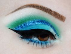 Great colors for natural redheads.    Hawaii ocean http://www.makeupbee.com/look.php?look_id=80162