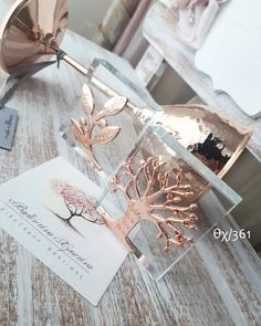 Krystal, Favors, Dream Wedding, Place Cards, Gift Wrapping, Place Card Holders, Gifts, Manualidades, Wedding