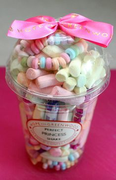 Adorable party favor for birthday party. DIY ideas for decorations, crafts & gifts.