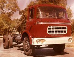 http://images.forum-auto.com/mesimages/814132/Halcon.1961.jpg