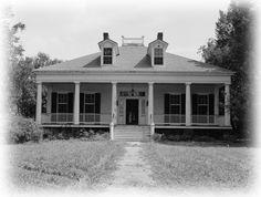 Elegant single-story Antebellum Plantation home - architectural house plans