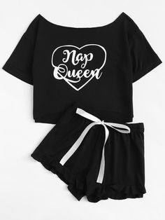 To find out about the Graphic Short Sleeve Tee & Ruffle Shorts PJ Set at SHEIN, part of our latest Pajama Sets ready to shop online today! Cute Pajama Sets, Cute Pajamas, Pj Sets, Pajamas Women, Black Pajamas, Lazy Day Outfits, Cute Comfy Outfits, Cool Outfits, Casual Outfits