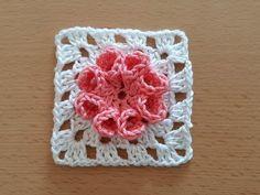 Crochet Heklanje: Moj rad 101 - Cvijet u kvadratu - My site Crochet Granny, Crochet Motif, Free Crochet, Crochet Patterns For Beginners, Easy Crochet Patterns, Crochet Ideas, Yarn Thread, Stitch, Blanket