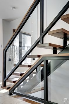 Here are our achievements in interior stairs made of wood, wrought iron, glass, stainless steel or aluminum. We do everything from construction to installation. Glass Handrail, Stair Handrail, Staircase Railings, Bannister, Staircases, Interior Stair Railing, Stair Railing Design, Escalier Design, Stairs Architecture