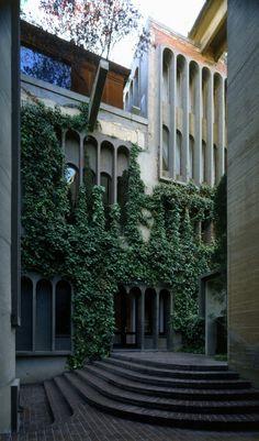 Ricardo Bofill || Taller de Arquitectura (Sant Just Desvern, España) || 1975