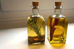 30 de abril de 2013: Cómo tuner aceites y vinagres aromatizados.