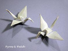 Set di 25 gru di origami di carta bianca per la di PyrosePatch