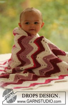 Baby Snug / DROPS Baby 16-24 - Virkad DROPS sicksackfilt i Alpaca.