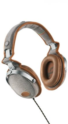 Over-ear Headphones | iVillage.ca #fathersday #fathersdaygift