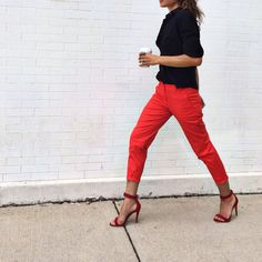 Get Shalice Noel's casual, city-chic vibe with our Weekend Chinos.