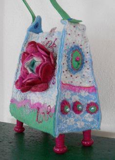 Fairylike little bag reserved for Flora van Rozevilterije op Etsy, €125,00