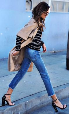 l Coat / Striped Top / Cropped Denim / Studded Pumps Winter Outfit For Teen Girls, Winter Outfits For Work, Fall Outfits, Cute Outfits With Jeans, Chic Outfits, Fashion Outfits, Heels Outfits, Winter Stil, Style Casual