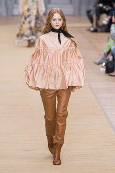 Paris Fashion Week-ready to wear FALL/WINTER 2016 - Chloé Show
