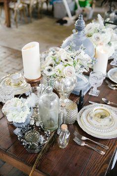 white and texture wedding table ideas - photo by Vanessa Velez #receptions #weddingideas #centerpieces
