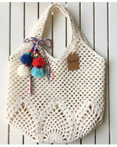 Best knitting bag pattern ideas From clutches to totes, from informal to night, from enjoyable to formal, these free knitting patterns gives you the proper bag for any event. Knitting Patterns Free, Free Knitting, Crochet Patterns, Crochet Handbags, Crochet Purses, Tunisian Crochet, Knit Crochet, Free Crochet, Bag Sewing