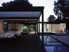Case Study House No. This house was designed by the renowned American architect Pierre Koenig who also designed the house in Case Study No. Richard Neutra, Palm Springs, Architecture Magazines, Interior Architecture, Exterior Design, Interior And Exterior, Interior Modern, Pierre Koenig, Modernisme