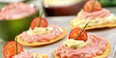 Foto via: mariamestrecuca. Pasta, Canapes, Tostadas, Chutney, Finger Foods, Carne, Tapas, Cake Recipes, Vegetables
