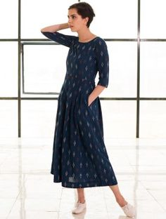 Buy Kharakapas Navy Blue Cotton Ikat Anarkali Kurti online in India at best price.Our box pleat fit and flare maxi is crafted in cotton handloom ikat fabric. Indian Attire, Indian Ethnic Wear, Cotton Dresses Online, Dress Online, Indian Dresses, Indian Outfits, Casual Dresses, Summer Dresses, Maxi Dresses