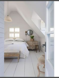 Brilliant Attic remodel,Attic renovation insulation and Small attic bathroom designs. Loft Room, Bedroom Loft, Bedroom Decor, Bedroom Ideas, Dormer Bedroom, Bedroom Signs, Wood Bedroom, White Bedroom, Bedroom Inspo