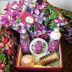 #Fresh #Spring Εξωτική περιποίηση σώματος με άρωμα #δαμάσκηνο, #φράουλα, #limitededition #πεπόνι και #βανίλια για… αποπλάνηση των αισθήσεων! Λιανική Τιμή: 24,90€ από 36,68€ #FreshLine #plum #raspberry #vanilla #caramel #giftset #organic