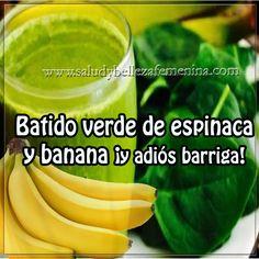 Batido verde de espinaca y banana ¡y adiós barriga! Healthy Juices, Healthy Tips, Magic Bullet Smoothies, Fitness Diet, Health Fitness, Food Now, Greens Recipe, Detox Drinks, Clean Recipes