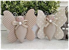 Deko-Objekte - 2 Schmetterlinge*taupe-beige*Landhaus*Frühling - ein Designerstück von little-charmingbelle bei DaWanda