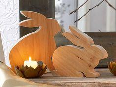 Osterhasen aus #Holz als tolle #Osterdekoration im #Frühling #DIY
