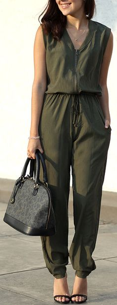 Olive Jumpsuit ❤︎ I could do without the ugly shoes