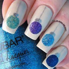 Diy christmas nail art 50 christmas nail designs you can do diy christmas nail art 50 christmas nail designs you can do yourself prinsesfo Choice Image