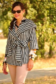 Fall outfit - houndstooth jacket, floral blouse and pink jeans.