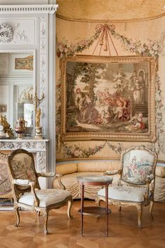 Villa Ephrussi de Rothschild, also called villa Île-de-France, is a French seaside villa located at Saint-Jean-Cap-Ferrat on the French Riviera. Classic Decor, Classic Interior, Marie Antoinette, Louis Seize, Ferrat, Interior Decorating, Interior Design, French Furniture, Furniture Nyc