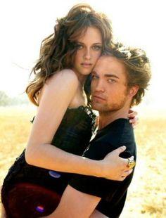 Kristen Stewart : Elle avoue être en couple avec Robert Pattinson